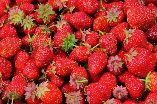 červené jahody.jpg