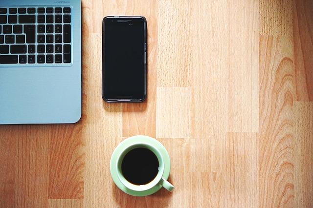 mobil, kafe a pc